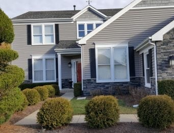 siding contractors Naperville house with aluminum siding